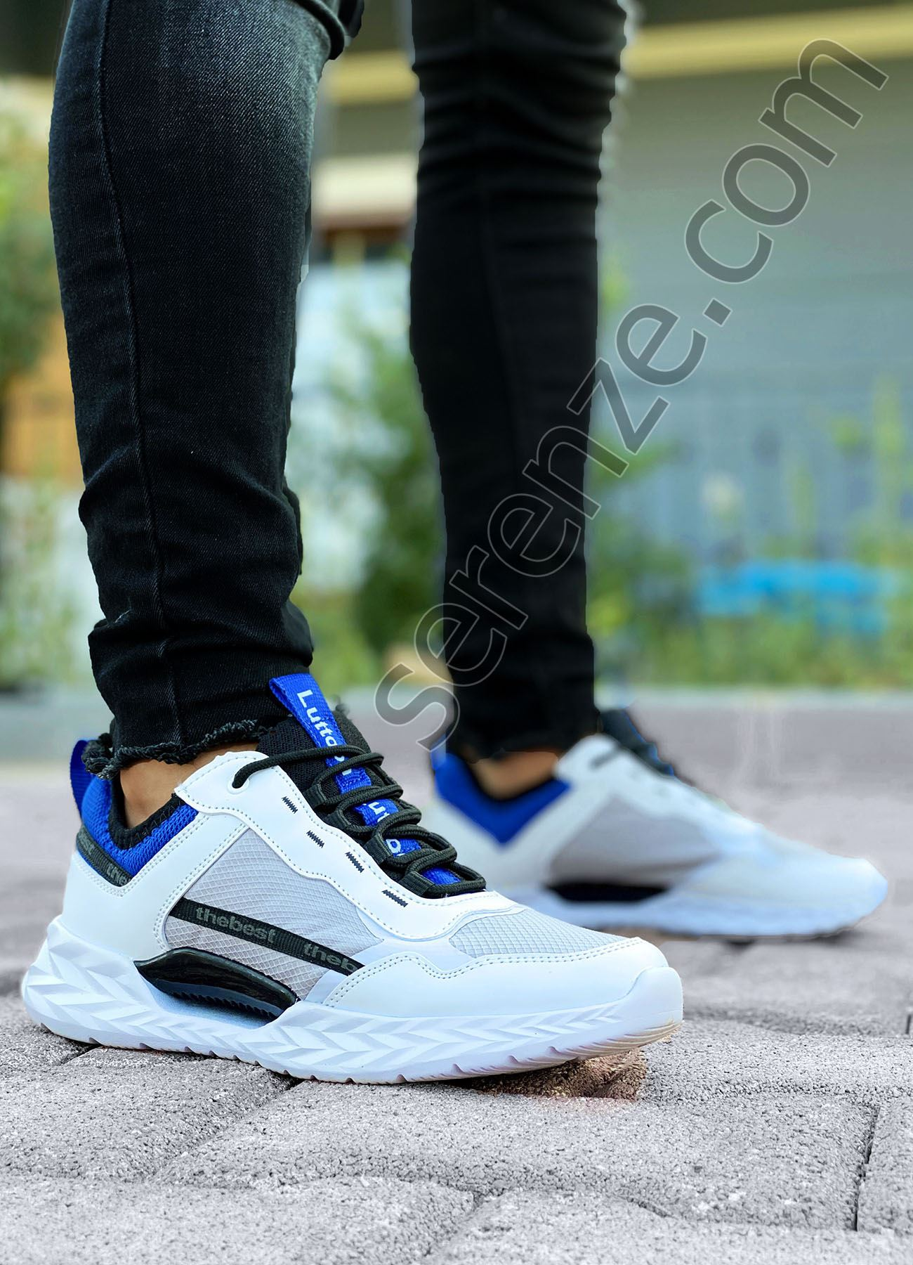 Mavi Beyaz Yazı Detay Erkek Spor Ayakkabı
