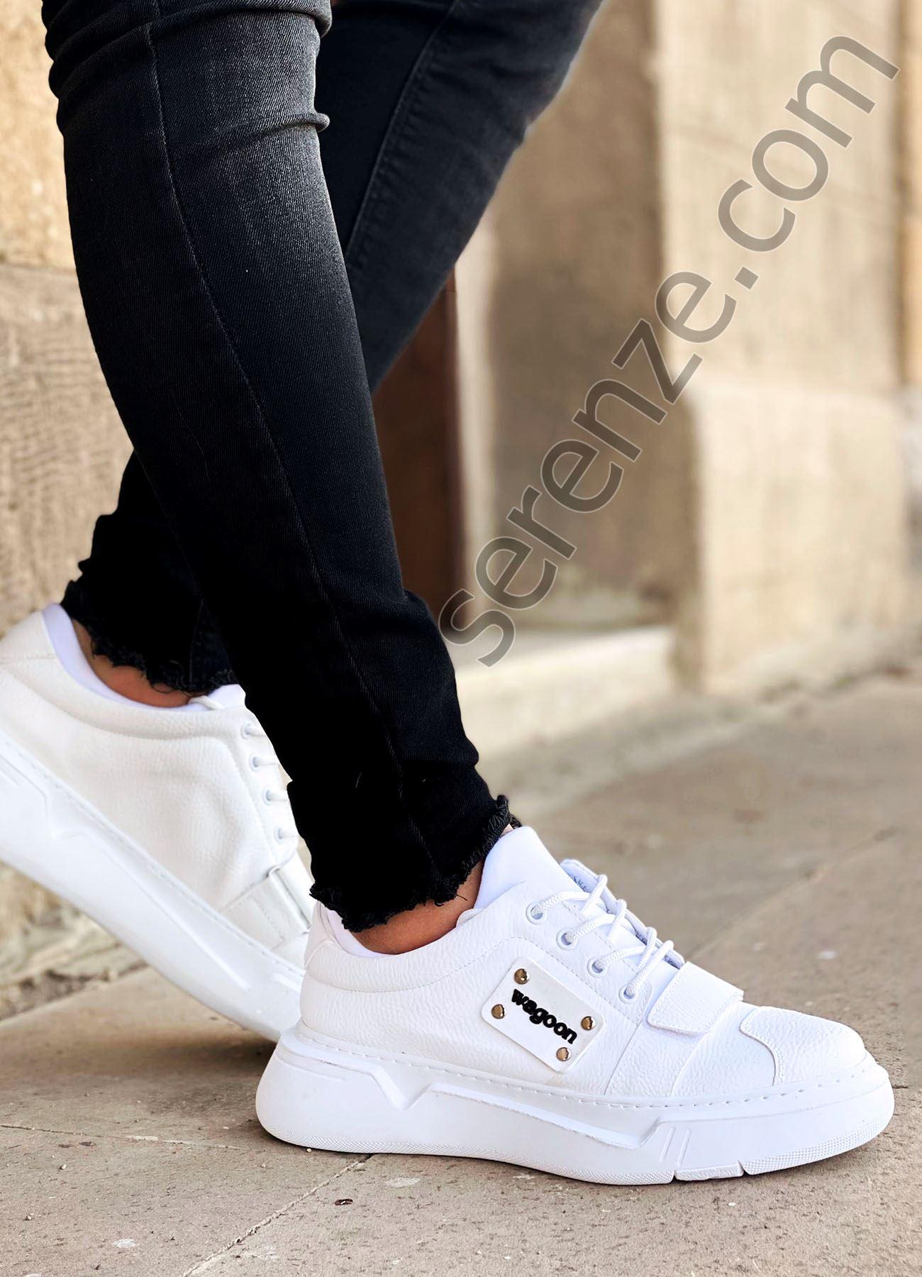 Beyaz Cırtlı Erkek Spor Ayakkabı