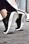Siyah Beyaz Ultra Hafif Erkek Spor Ayakkabı